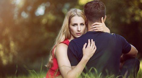 Los 5 mejores sitios y apps para conocer solteros